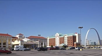 Hotel - Casino Queen Hotel