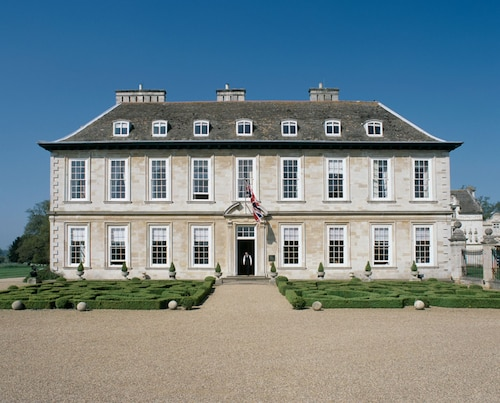 __{offers.Best_flights}__ Stapleford Park Country House Hotel and Sporting Estate