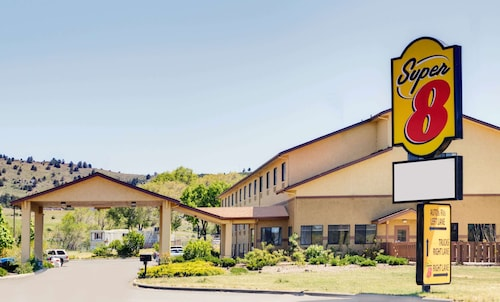 . Super 8 by Wyndham Klamath Falls