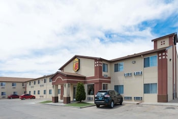 Hotel - Super 8 by Wyndham Bernalillo