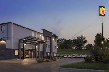 東納許維爾溫德姆速 8 飯店 Super 8 by Wyndham Nashville East