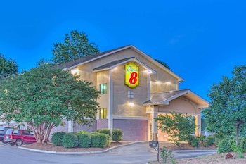 夏洛蒂鎮溫德姆速 8 飯店 Super 8 by Wyndham Charlottesville