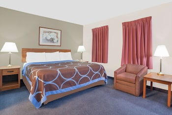 Studio Suite, 1 King Bed, Non Smoking, Microwave