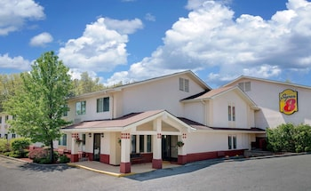 Hotel - Super 8 by Wyndham Newburgh/West Point Near Stewart Airport