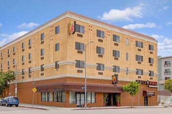 Hotel - Super 8 by Wyndham Hollywood/LA Area