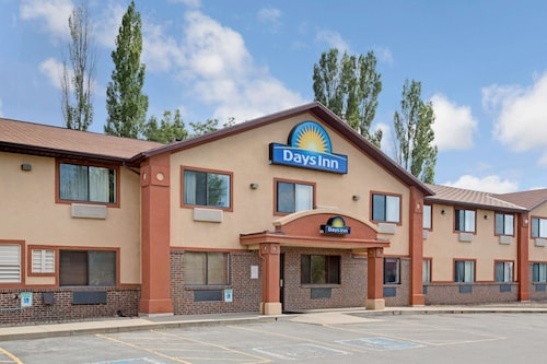 Days Inn by Wyndham Clearfield, Davis