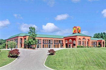 Hotel - Super 8 by Wyndham Knoxville East