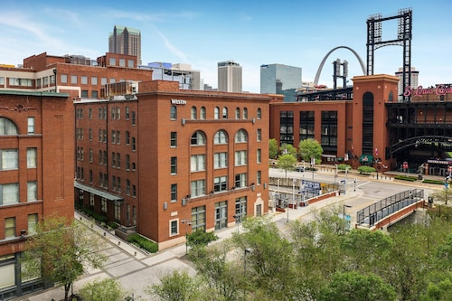. The Westin St. Louis