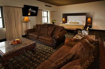 Studio Suite, 1 King Bed, Non Smoking (Monaco)
