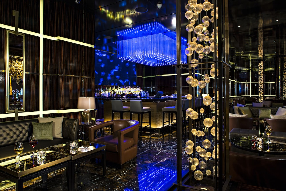 더 로얄 앳 애틀랜티스, 오토그래프 컬렉션(The Royal at Atlantis, Autograph Collection) Hotel Image 44 - Hotel Bar