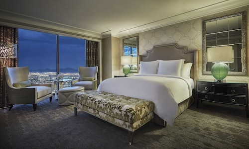 Four Seasons Hotel Las Vegas, Clark