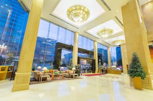 . Sheraton Chengdu Lido Hotel