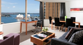 Hotel - The Sebel Quay West Suites Sydney