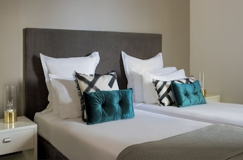 Guestroom at Pullman Quay Grand Sydney Harbour in Sydney