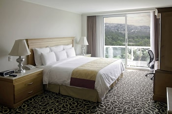 Deluxe Room Golf View, 1 King Bed