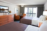 Superior Room, 2 Queen Beds, City View