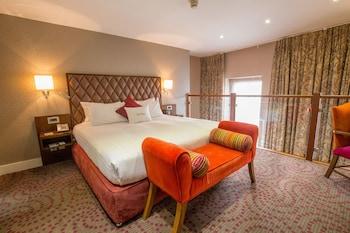 Suite, 1 King Bed (Duplex, Living Room)