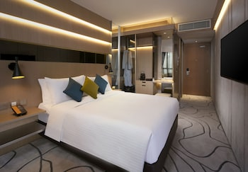 The Optimum Floor - Premier Plus Room