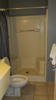 Budgetel Inn & Suites - Bathroom  - #0