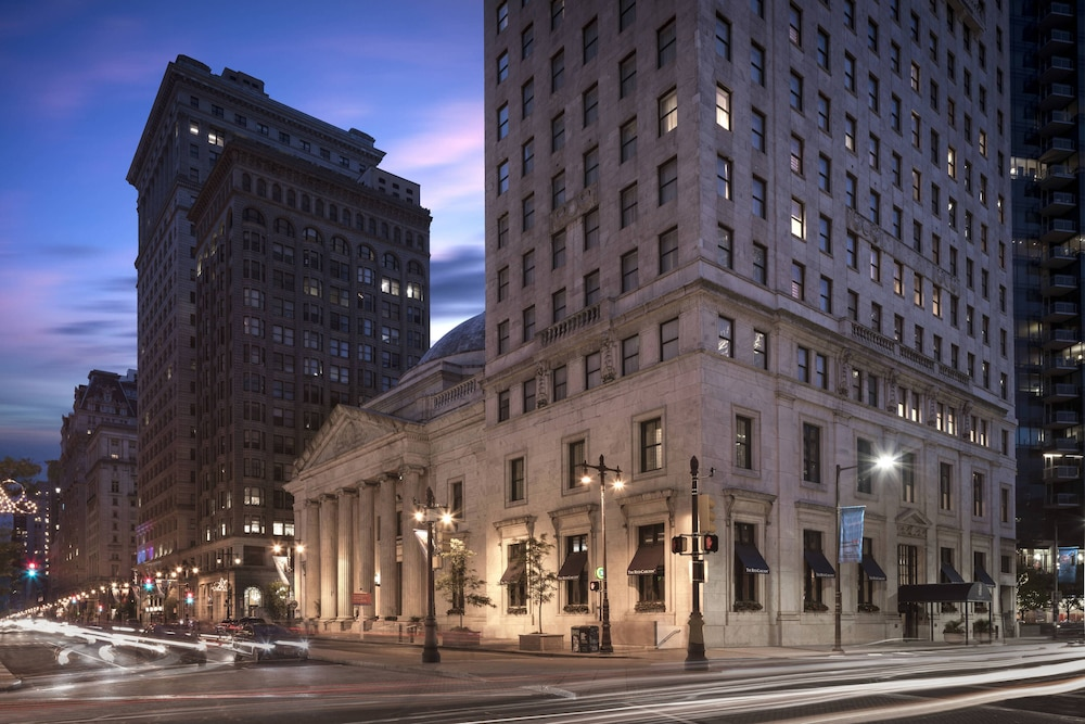 Street view of The Ritz-Carlton Philadelphia