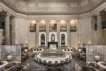Lobby at The Ritz-Carlton, Philadelphia in Philadelphia