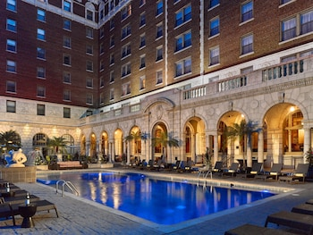 Hotel - The Chase Park Plaza Royal Sonesta St. Louis