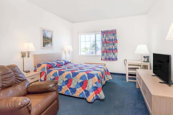 Standard Room, 1 Queen Bed, Accessible