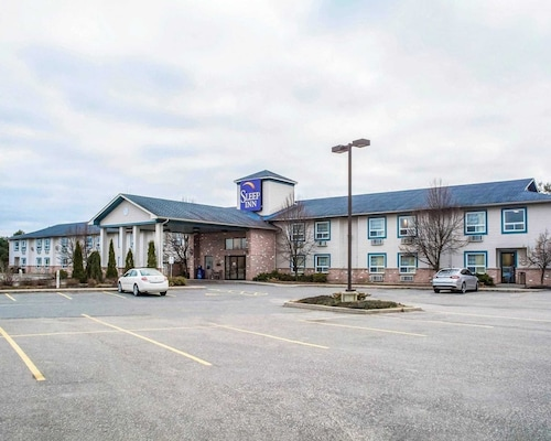 . Sleep Inn Bracebridge