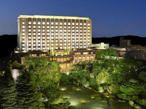 RIHGA Royal Hotel Tokyo, Toshima