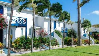 Hotel - Trade Winds Hotel