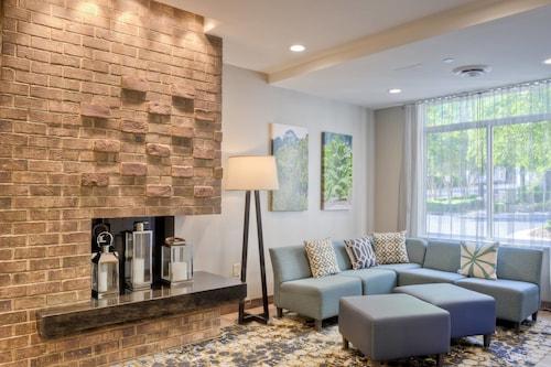 . Fairfield Inn & Suites by Marriott Winston-Salem Downtown