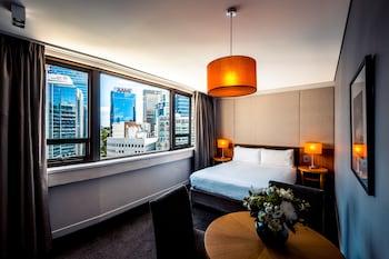 North Sydney CBD View Queen Room