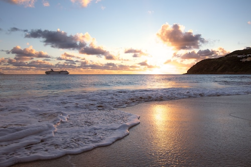 Divi Little Bay Beach Resort,
