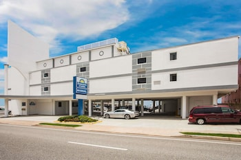 Hotel - Days Inn by Wyndham Ormond Beach Mainsail Oceanfront
