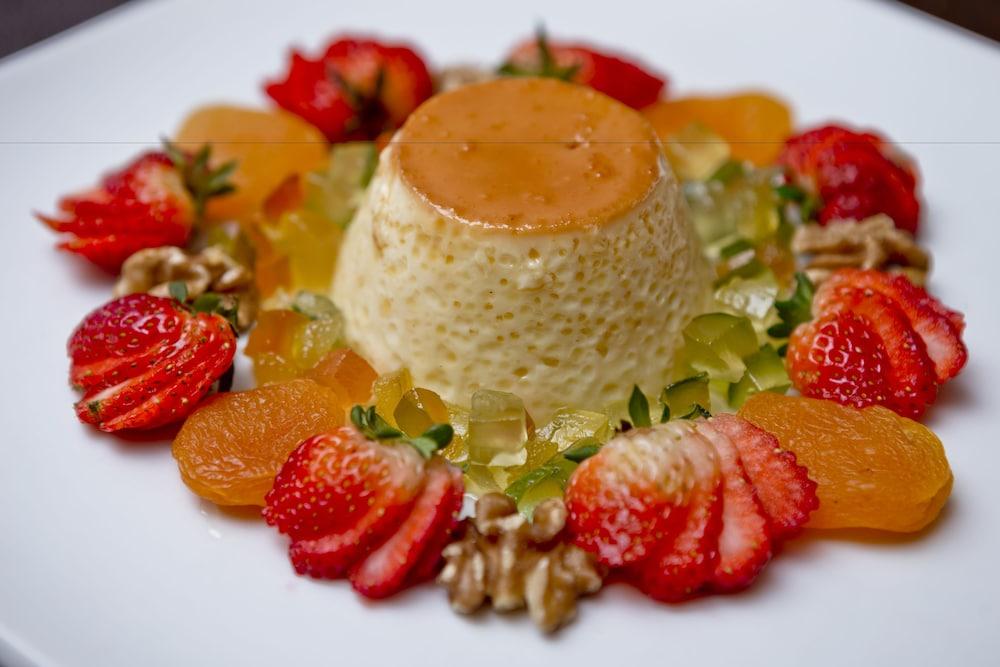 페르가몬 매니지드 바이 아코르호텔(Pergamon Managed By Accorhotels) Hotel Image 54 - Food and Drink