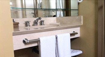페르가몬 매니지드 바이 아코르호텔(Pergamon Managed By Accorhotels) Hotel Image 43 - Bathroom Sink