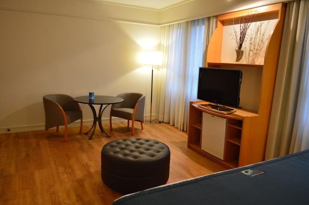 페르가몬 매니지드 바이 아코르호텔(Pergamon Managed By Accorhotels) Hotel Image 14 - Guestroom
