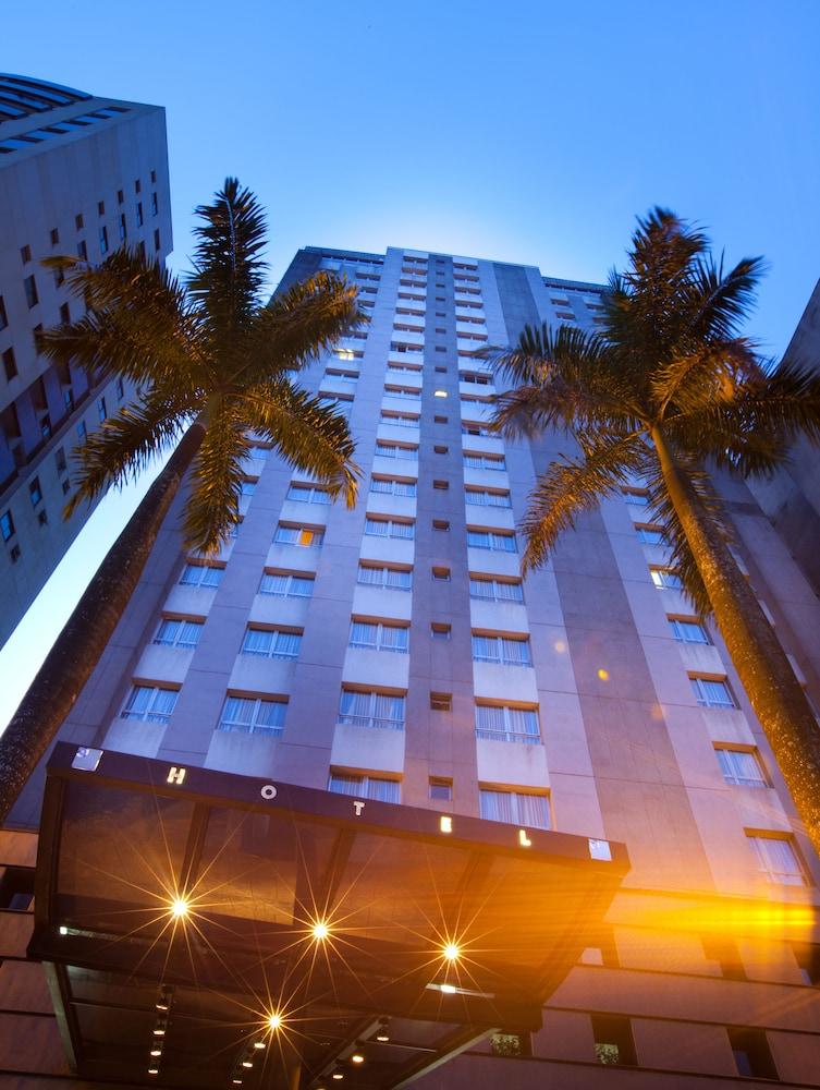 페르가몬 매니지드 바이 아코르호텔(Pergamon Managed By Accorhotels) Hotel Image 73 - Hotel Front - Evening/Night