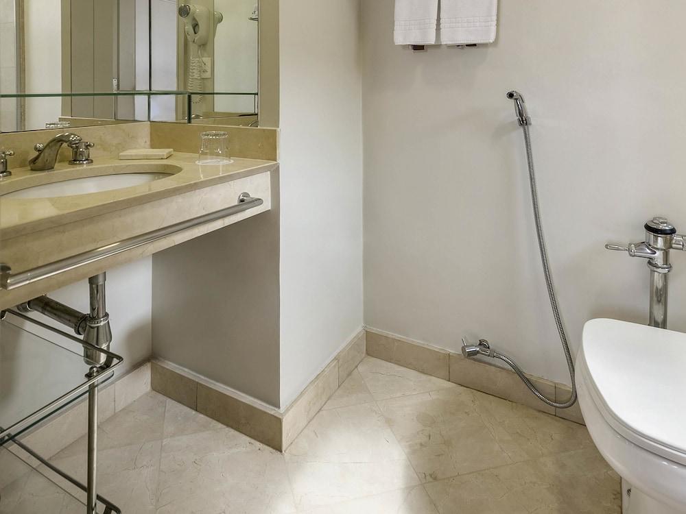페르가몬 매니지드 바이 아코르호텔(Pergamon Managed By Accorhotels) Hotel Image 33 - Guestroom
