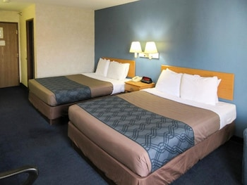 Hotel - Econo Lodge Lake Of The Ozarks