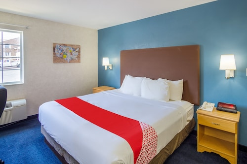 . OYO Hotel Osage Beach by Lake of the Ozarks