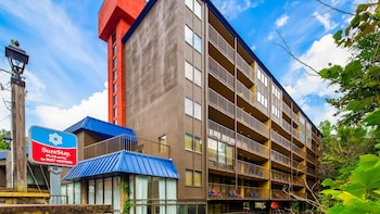 Hotel - SureStay Plus Hotel by Best Western Gatlinburg