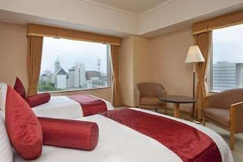 デラックス ルーム シングルベッド 2 台 喫煙可|ANAクラウンプラザホテル富山