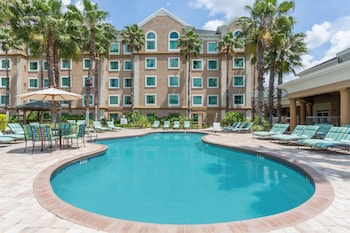 Hotel - Hawthorn Suites by Wyndham Lake Buena Vista, a staySky Hotel