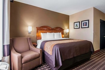 Guestroom at Quality Inn & Suites I-35 E / Walnut Hill in Dallas