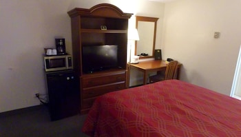 Standard Room, 1 Queen Bed, Non Smoking, Bay View
