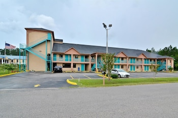 Hotel - Americas Best Value Inn & Suites Moss Point