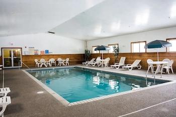羅斯威爾諾伍德套房飯店 Norwood Inn & Suites - Roseville