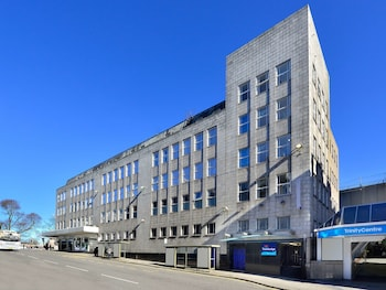 Travelodge Aberdeen Central