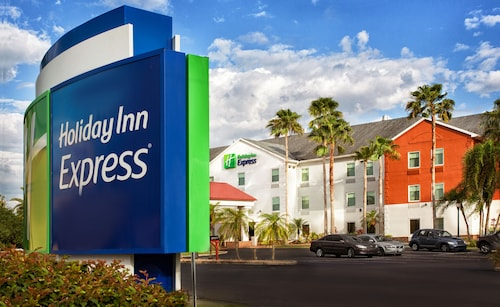 . Holiday Inn Express & Suites Port Charlotte